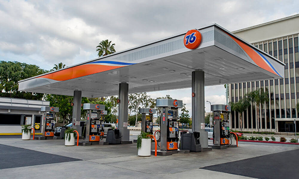 Crest gas station image by 76 fuel brand